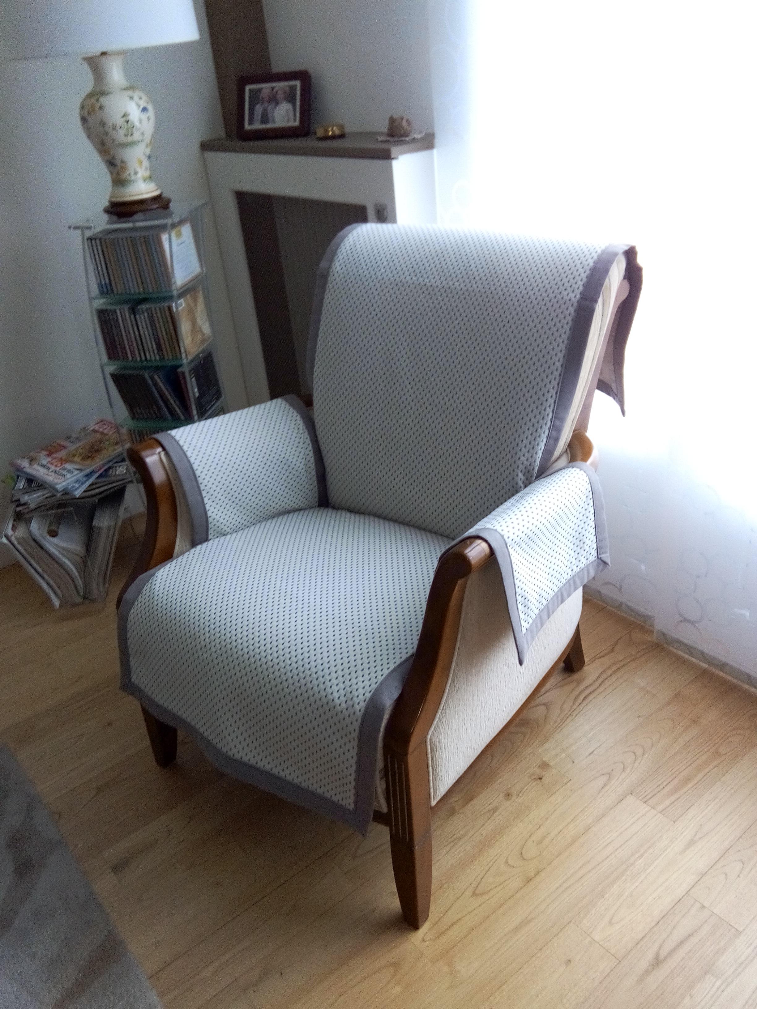 housses de canap s au fil de la coudre. Black Bedroom Furniture Sets. Home Design Ideas