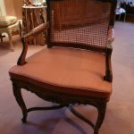 Galette sur fauteuil canné